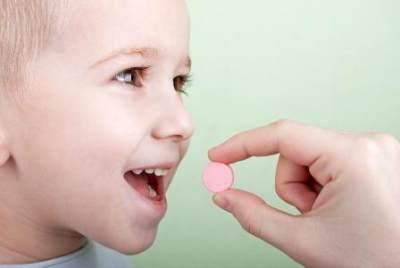 Bagaimana Cara Memiliih Vitamin Anak? Ikuti 4 Cara Ini Moms!