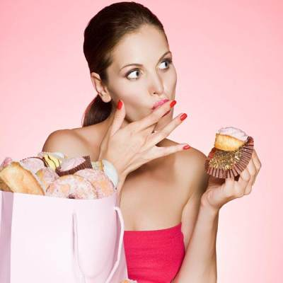 Jauhi! Ini 4 Makanan Pemicu Kista Ovarium Pada Wanita