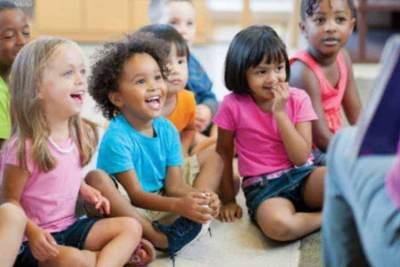 Tahapan Perkembangan Anak Usia Prasekolah (4-5 tahun) yang Perlu Moms Ketahui