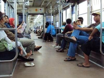 Serem Banget! Ini Dia Modus Penculikan Anak Di Commuter Line Yang Sedang Viral