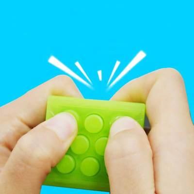 Plus Minus Anak Main Gadget Dan Main Dengan Mainan Sungguhan