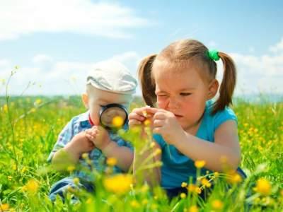3) Hindari Anak Pergi atau Bermain Sendiri
