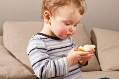 Agar Si Kecil Tidak Kelebihan Gula, Yuk Coba Asupan Gula Alami untuk MPASI Sehat