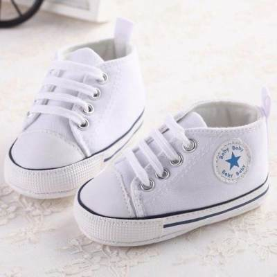 Gemasnya! Sepatu Sneakers Lucu Ini Recommended Banget untuk Dipakai Si Kecil