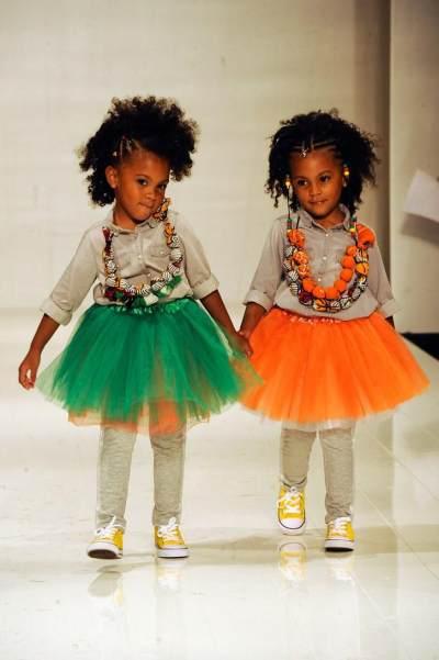 Kenalan Yuk dengan Dua Kembar Selebgram yang Paling Fashionable Di Dunia