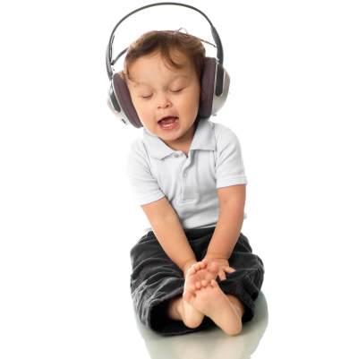 Moms, Ini 4 Lagu yang Bisa Meningkatkan Kecerdasan Anak!