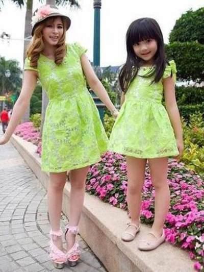 Inspirasi Baju Couple Lucu untuk Moms dan Si Kecil