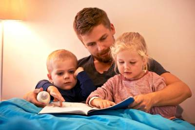 Manfaat Membaca dengan Metode Membaca Nyaring (Read A loud) bagi Anak Usia Dini