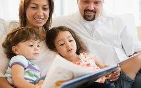 Orang Tua dapat Membangun Kedekatan dengan Anak