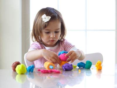 Ide Sensory Play Balita yang Seru Banget untuk Perkembangan Bayi