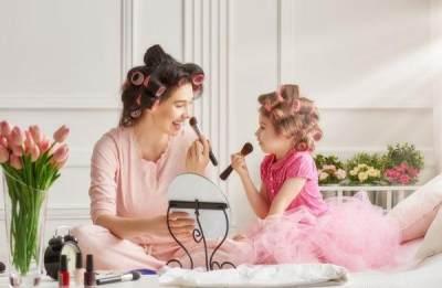 #FORUM Memakaikan kosmetik pada anak, aman atau tidak ?