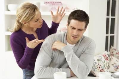 Ups! Ternyata Kebiasaan Istri Ini Bikin Suami Jadi Stres, Lho!