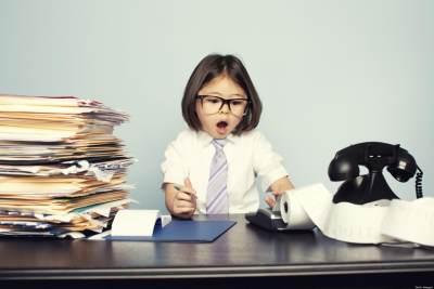 3. Ajak Anak ke Tempat Kerja