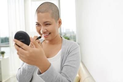 Moms Wajib Tahu, 4 Hal Ini Penyebab Umum Kanker Payudara