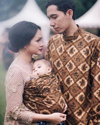 Inspirasi Baju Bayi ke Pesta Pernikahan, Intip Yuk!