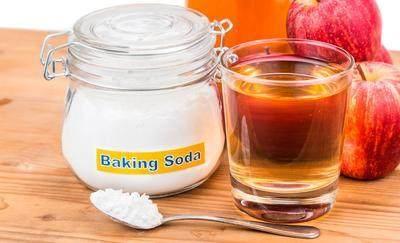 Campurkan Cuka Apel dan Baking Soda