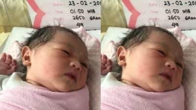 Wah! Ini Dia Foto-Foto Bayi Perempuan Artis Indonesia yang Cantik dan Menggemaskan Banget!