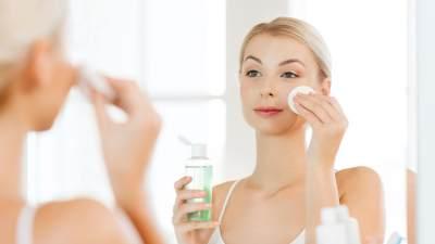 Ampuh! Ini 4 Tips Sederhana Merawat Kulit Wajah Berminyak Sebelum Tidur