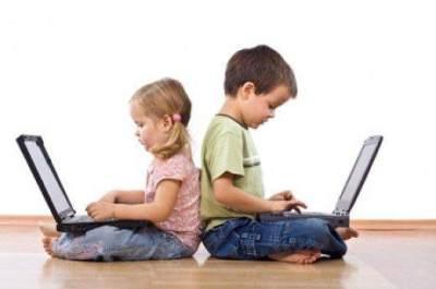 Moms, Ini Tips Internet Sehat dan Aman untuk Anak Usia 2-12 Tahun