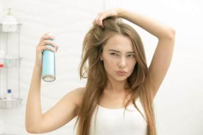 Membersihkan Bahan Kimia Pada Rambut