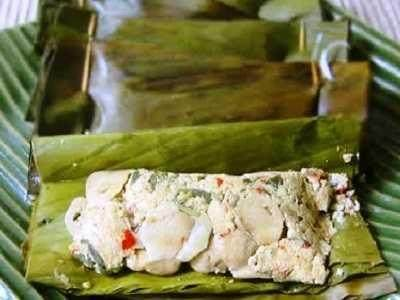 3. Pepes Tahu+Salmon