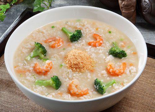 Moms Nih Resep Mpasi Nasi Tim Brokoli Untuk Menambah Berat Badan Si Kecil