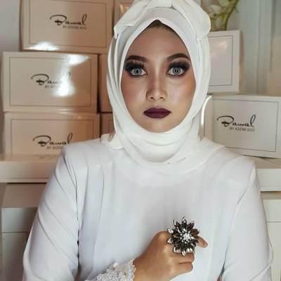 Gaya Hijab Pocong ala Azzim Azzi