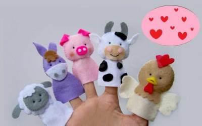 2. Mainan Anak Boneka Tangan