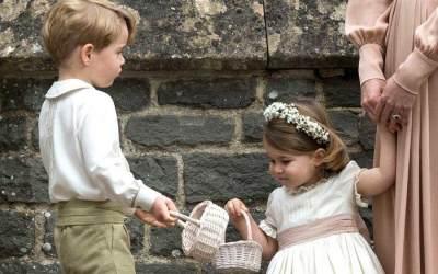 Duh, Manisnya! Ini Dia Foto-foto Lucu Prince George dan Princess Charlotte yang Pasti Bikin Gemas
