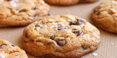 Praktis dan Lezat! Resep Kue Kering Chocochips Cookies Tanpa Oven Ini Recommended untuk Dibuat