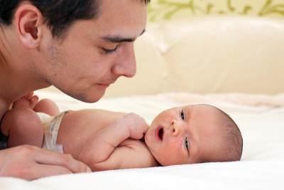 Penting Moms! Ketahui Tanda-tanda Bayi yang Sudah Lelah
