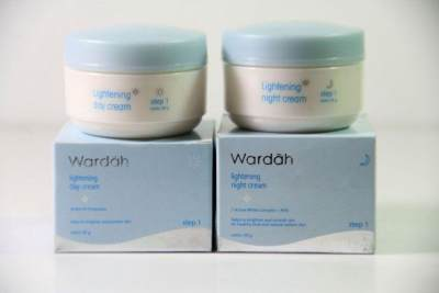 1. Wardah Lightening Night Cream