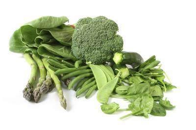 4. Sayuran Berdaun Hijau
