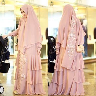 Jauh Dari Kesan Kuno, Intip Tips Hijab Menutup Dada untuk Pesta yang Modis dan Kekinian Ini!