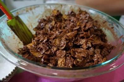 4 Langkah Mudah Membuat Resep Kue Coklat Coco Crunch yang Lezat