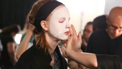 Jangan Asal Pasang, Begini Cara Pakai Sheet Mask yang Benar