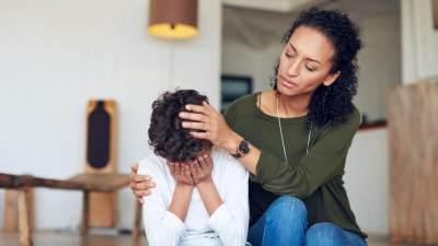 3. Bantu Anak Mengatasi Emosi