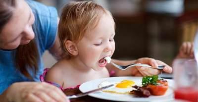 Bolehkah Memberikan Bayi Telur Setengah Matang?
