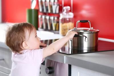 Penting, Moms! Lakukan Ini untuk Pertolongan Pertama Luka Bakar Pada Anak
