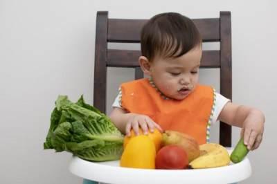 Ketahui Pemberian MPASI Bayi yang Baik dan Benar Menurut WHO, Moms