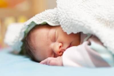 4 Hal yang Bisa Menyebabkan Bayi Lahir dengan Bibir Sumbing