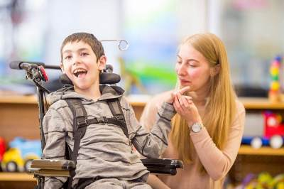 Sudahkah Moms Tahu tentang Cerebral Palsy pada Anak? Yuk, Simak Berikut Ini