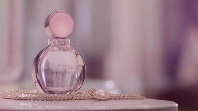 Deretan Wangi Parfum yang Punya Kesan Seksi dan Romantis, Cocok Dipakai di Malam Hari