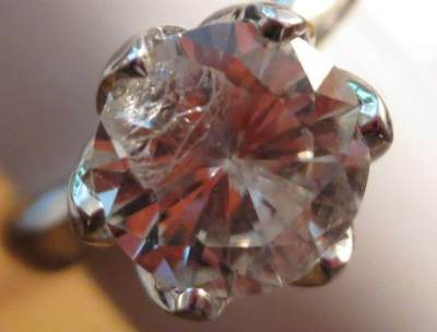 Koleksi Berlian Tidak Berkilau? Awas Moms, Mungkin Ini Penyebabnya