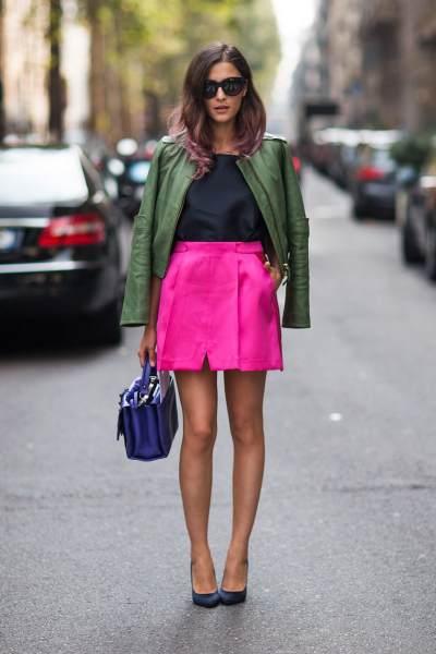 Moms, Yuk Coba Kombinasi Warna Pink untuk Tampil Kekinian Berikut