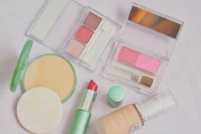Harga Super Terjangkau, Inilah Pilihan Produk Wardah yang Cocok Dipakai Para Pemula Make Up