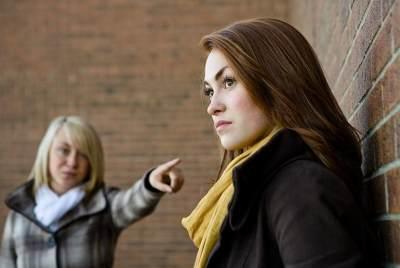 Waspada Moms, Ini Penyebab Rusaknya Hubungan Ibu dan Anak di Masa Kini
