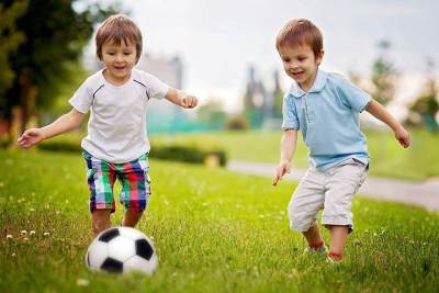 4. Ajak Anak untuk Banyak Bergerak