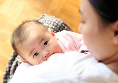 Moms Wajib Tahu, Ini Lho 4 Tanda Bayi Cukup ASI!