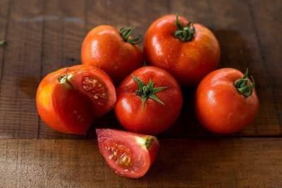6. Tomat